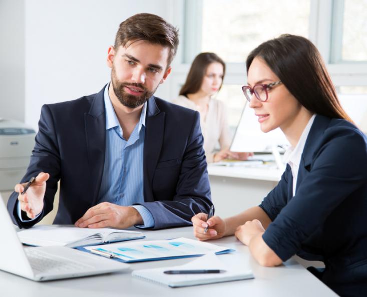 Asesoramiento por Equipo de Expertos - Anuncios Legales